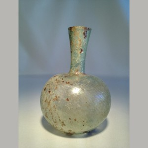 Ancient_Roman_Glass_Bottle