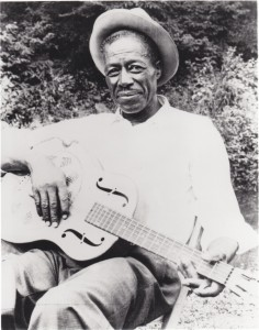 Son-House-by-Dick-Waterman