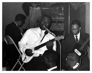 howling-wolf-and-hubert-sumlin-silvios-chicago-early-60s