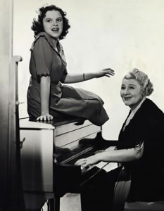 Judy Garland and Sophia Tucker