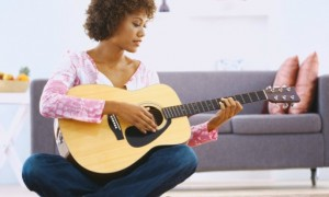 black-woman-guitar1
