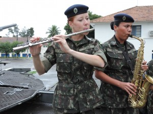 music soldiers